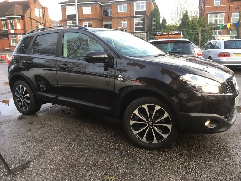 nissan qashqai 1 5 dci 360 black 2013 in didsbury. Black Bedroom Furniture Sets. Home Design Ideas