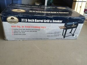 Brand new 27.5 inch barrel Grill and smoker