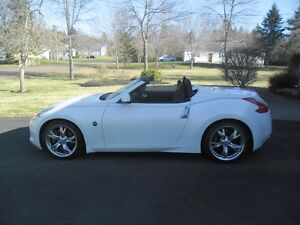 2012 Nissan 370Z roadster Convertible