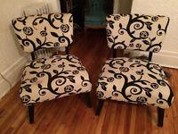 Confortables chaises de séjour