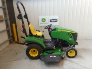 END OF SEASON BLOWOUT!!!! 2015 John Deere 1023E