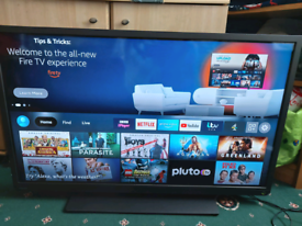 """TOSHIBA 40"""" Smart Television with remote"""