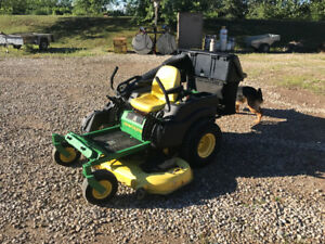 John deere zero turn law mower
