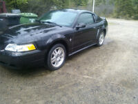 Ford Mustang echange contre Raptor 660 , ds 650 ou 3000$