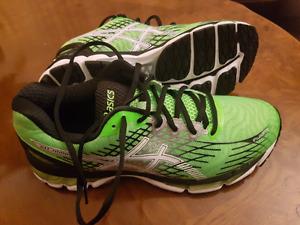 ASICS gel nimbus running sneaker (new)
