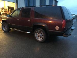 1999 Chevrolet Suburban Wagon