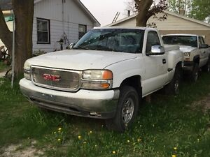 2001 GMC stepside 4x4 Pickup Truck - parts only