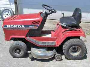 Honda Riding Lawnmower