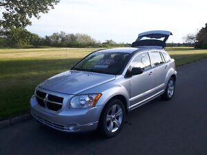 2010 Dodge Caliber SXT Sedan - Reliable - 114,000 KMS