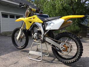 2006 Suzuki RMZ450 $3000 obo