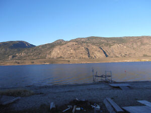 OSOYOOS PRIVATE LAKEFRONT  Cabin with RV area