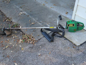 John Deere 83G Weed String Gas Trimmer Straight Shaft London Ontario image 1