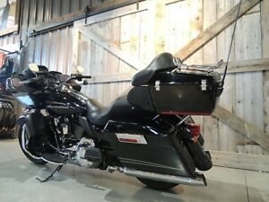 2011 Harley-Davidson FLTRU - Road Glide Ultra Peterborough Peterborough Area image 6