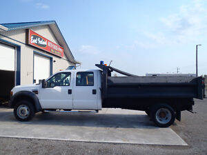 2008 Ford F-550 Crewcab Dump Truck 4x4 --Low KMs--