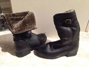 NEW Pajar Shearling Leather Boots