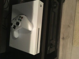 xbox one for sale asking 200 its brand new
