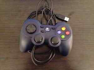 Logitech High-quality gaming controller