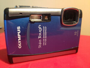 Olympus tough-6000 / shockproof / waterproof ***SOLD***