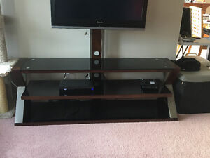 Tempered glass entertainment stand