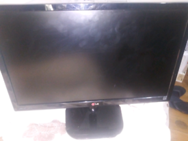 """LG 24"""" monitor Model No: 24MP55HA Used screen picture blinks"""