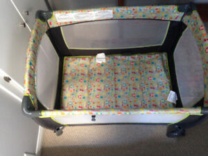 Evenflo Pack and Play BabySuite