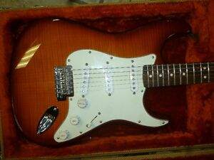 Fender Stratocaster mexico 2013 upgrade avec pickups custom `69 West Island Greater Montréal image 1