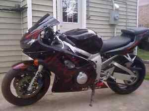 99 Yamaha YZF R6 $2500 obo