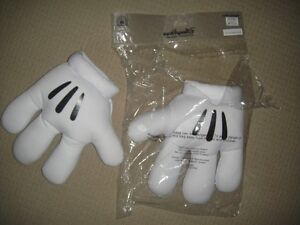 Mickey gloves