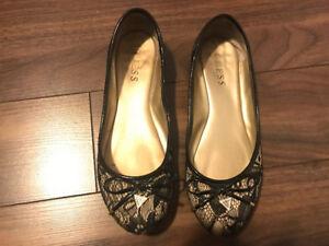 Guess women flat shoes