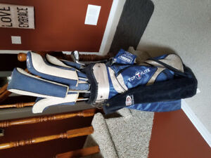 Top Flite golf bag with clubs
