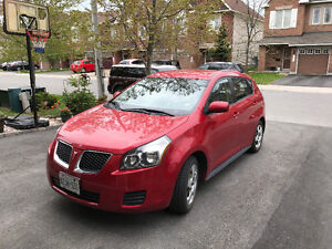 2009 Pontiac Vibe Wagon WOW only 106K Mileage  and SAFETIED!