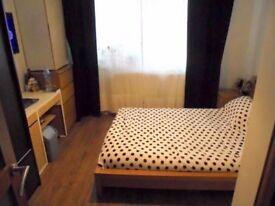 ***Wonderful Double Room_Dalston Kingsland_Quality*Price***
