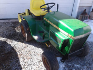 1975 John Deere 214 with attachments