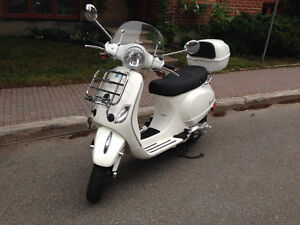 Vespa LX50 all dressed