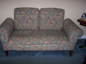 Antique bed couch