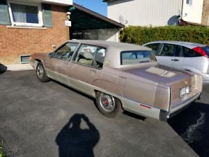 1989 Cadillac fleetwood  65500 org. kms