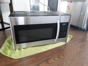 Samsung Over the Stove Microwave