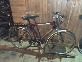 Gents Hybrid Bike. Fully Serviced, Free Lock/Lights/Delivery