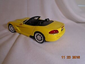 NEW LOWER PRICE 2001 Dodge Viper Diecast London Ontario image 2