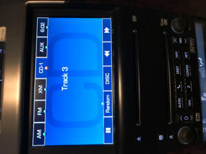 DVD NAV 6 DISC CHANGER + BOSE AMP AND SUB