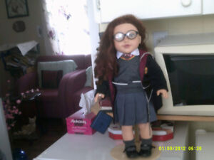 AMERCIAN GIRL DOLL IN HARRY POTTER OUTFIT