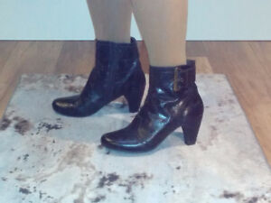 Size 7.5  -  Black, Brown, Red Booties