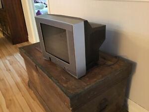 Petit téléviseur