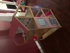 Doll House - Large