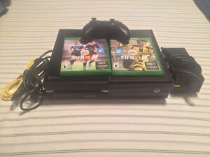 Xbox One 500GB With Controller, all cables and two games