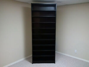 Bookcase with 9 shelves