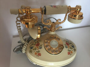Vintage Floral 1973 Empress  Rotary Telephone
