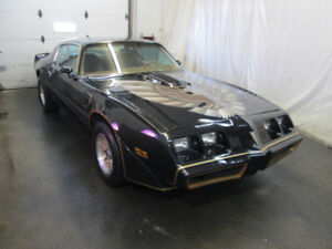 1979 Pontiac Trans Am Smokey And The Bandit Coupe (2 door)