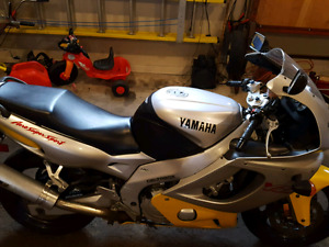 Yamaha YZF 600 R for sale ......ON HOLD......