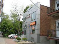 2ND FLOOR COMMERCIAL SPACE FOR RENT NEXT TO METRO STATION